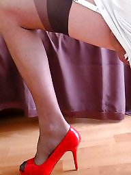 Stockings upskirt, Upskirt stockings