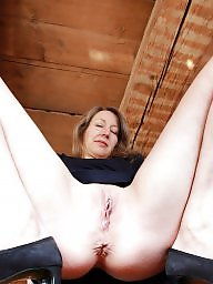 Stripping, Stripped, Strip, Mature strip, Annabelle, Amateur mature