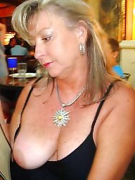 Milf flashing, Mature flashing, Mature flash