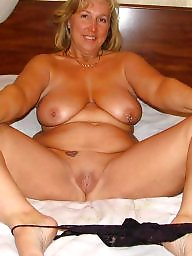Mom amateur, Mature moms, Amateur mom, Amateur mature, Moms pussy, Real mom