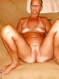 Mature spreading, Mature spread, Amateur mature, Milf spreading, Legs spread, Spreading