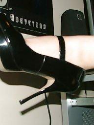 Раздвигает пизду, Ножки жены, Раздвинь ей ноги