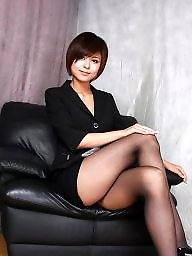 Stockings upskirt, Upskirt stockings, Leg
