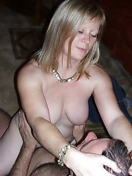 Amateur mature, Blond mature, Pub