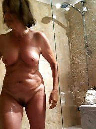 Nudists, Milf public