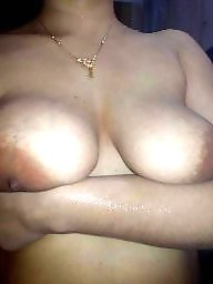 Desi milf, Desi big boobs, Desi boobs, Desi girl, Big nipple
