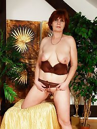 Naked, Saggy tit, Saggy, Mature posing, Mature saggy, Saggy mature