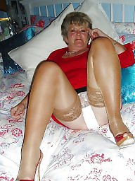 Grannies, Knickers, Grannys, Granny flashing, Granny, Mature flashing