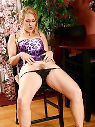 Blond mature, Gilf, Leg, Gilfs, Leggings, Mature legs