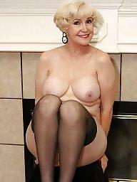 Mature lingerie, Lingerie mature, Mature stocking, Mature black