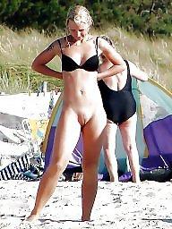 Nude beach, Public nude