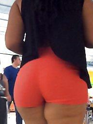 Thick latina, Thick milf, Booty shorts, Latina milf, Short shorts, Shorts