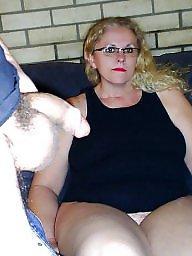 Penelope, Upskirt