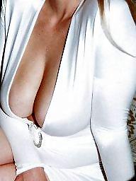 Жена большие сиськи, В калготках, В обтягивающем, Большие сиськи в платье, Переодевание
